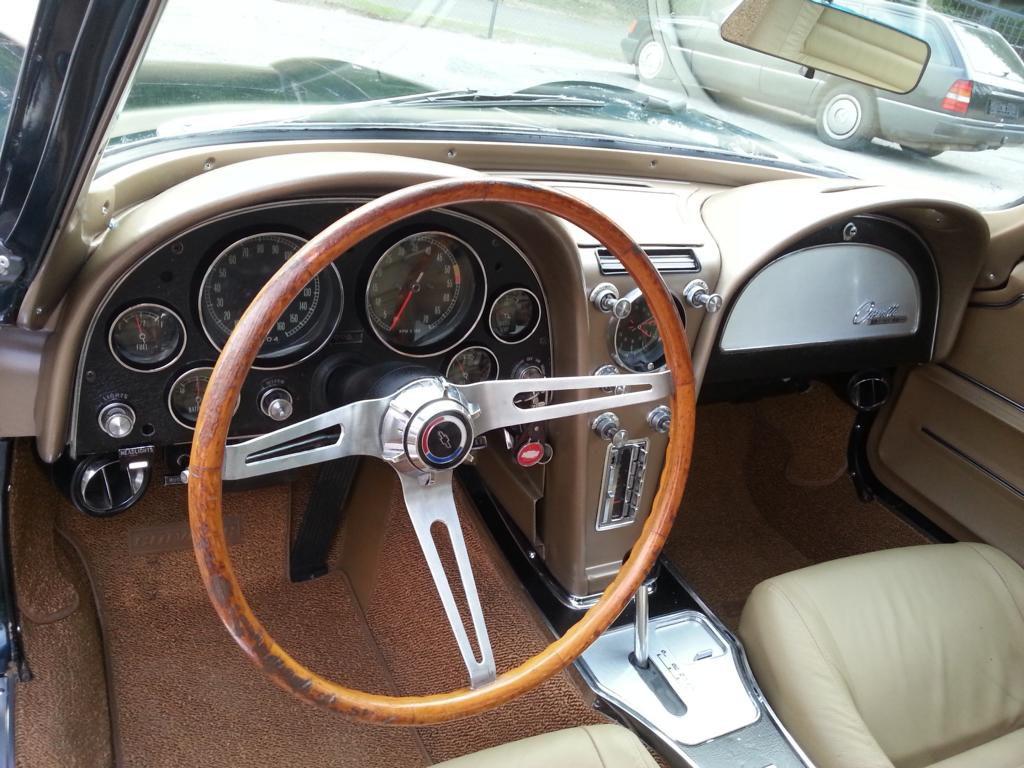 Oldtimer Corvette C2 Sting Ray